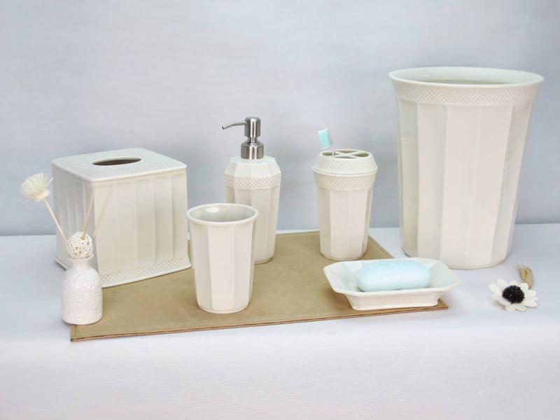 Cebr 170004 Ceramic Bathroom Set